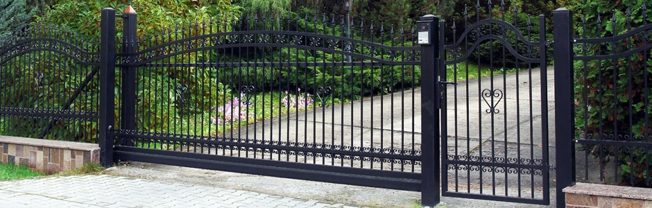Sliding & Telescopic Gates